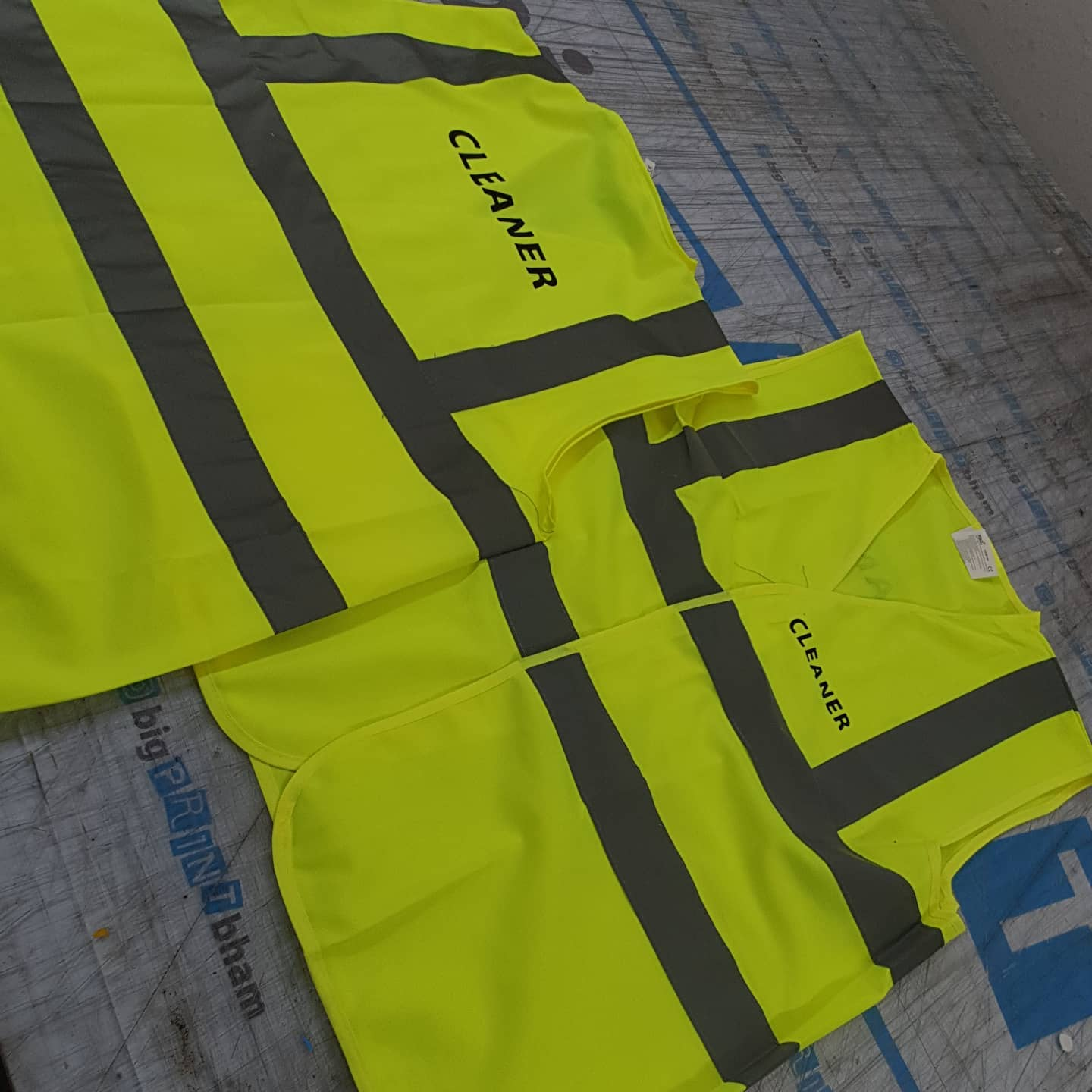 Need Hi Vis jackets? With custom branding? To place an order If at all possible PLEASE whatsapp me on 07702153393